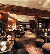 Whitehall Place Lounge photo