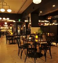 Les Halles & Main Dining Room photo