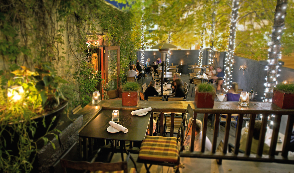 Best Romantic Restaurants Montreal